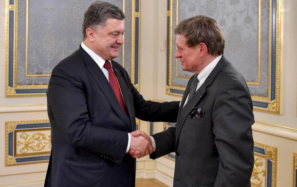Порошенко попросив польського економіста допомогти Україні з реформами