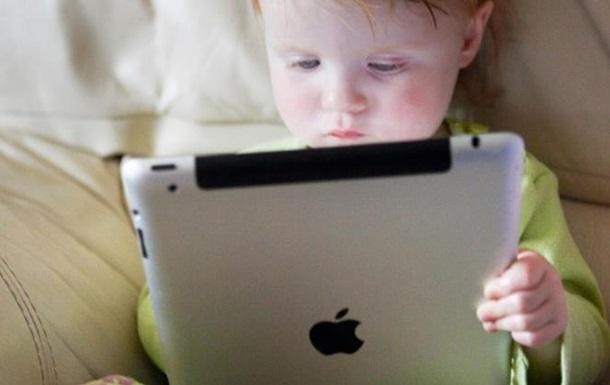 Смартфони та планшети шкідливі дітям - вчені