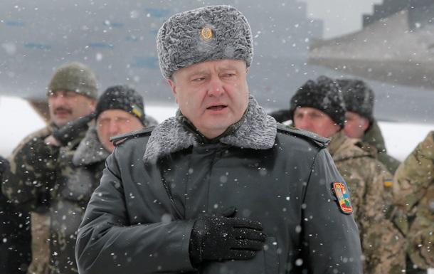 Порошенко призывает НАТО предоставить Украине современное оружие