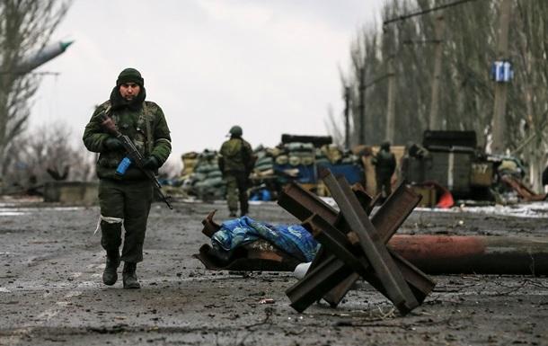 Сепаратисты заявили о полном контроле над Углегорском