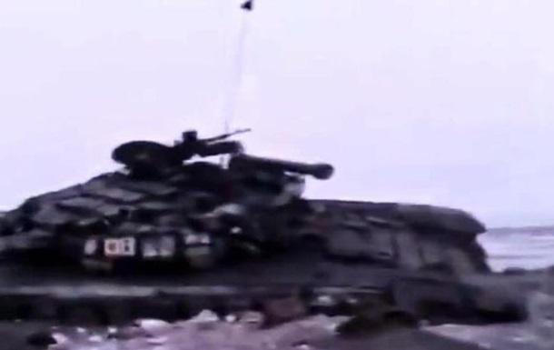 Бойцы АТО показали уничтоженную технику сепаратистов под Дебальцево