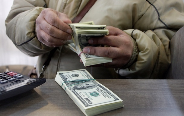 Курс доллара на межбанке достиг рекордной отметки