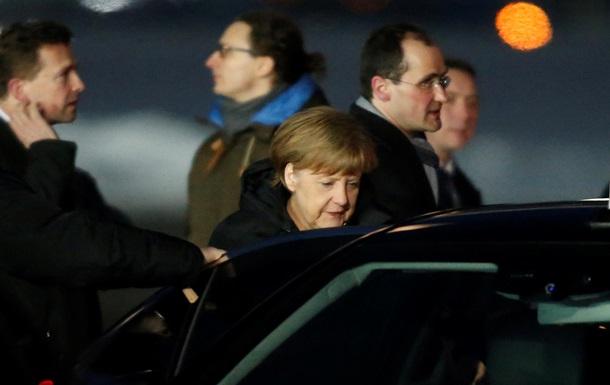 В Кремле начались переговоры Путина, Меркель и Олланда