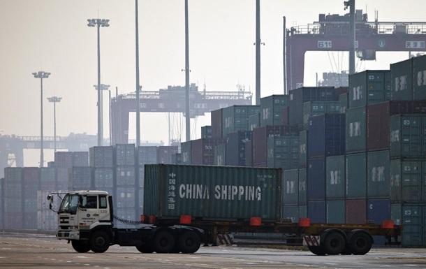 Торговля между Россией и Китаем сократилась на треть