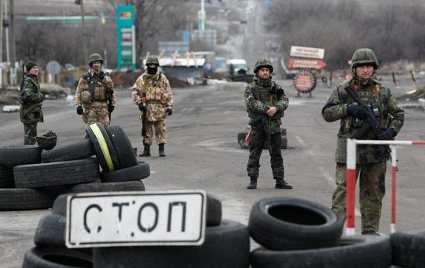 Сепаратисты пережали трассу из Дебальцево - Семенченко