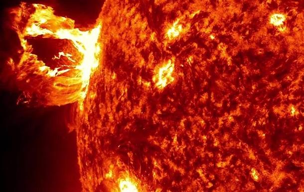 NASA показала самые интересные явления на Солнце за пять лет