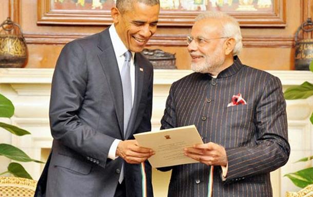 Костюм премьер-министра Индии вызвал ажиотаж на аукционе