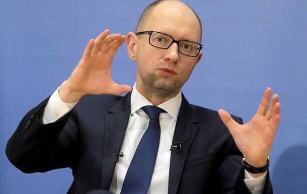 Яценюк хоче дозволити позапланові перевірки телеканалів