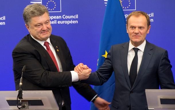 Туск консультується з ЄС через ескалацію ситуації в Україні