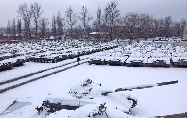 Европа объявила негласное эмбарго на поставки оружия в Украину - нардеп