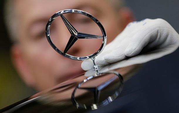 З Китаю та Німеччини відкликають 147 тисяч автомобілів Mercedes