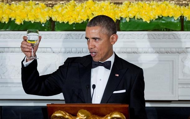 Обама розповів про свою любов до американських ідіотів