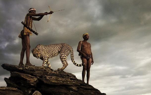 Фотограф показав кадри з життя унікального племені в Намібії