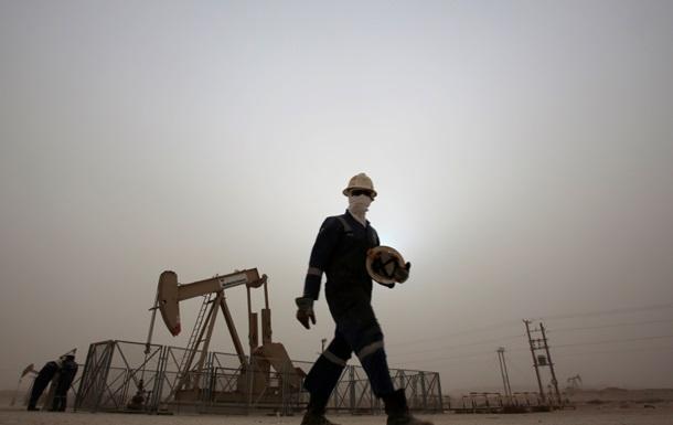 ОПЕК может провести внеочередное заседание из-за падения цен на нефть