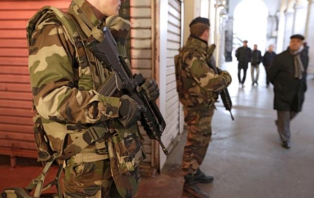 МИД Франции: Париж не рассматривает военную помощь Украине