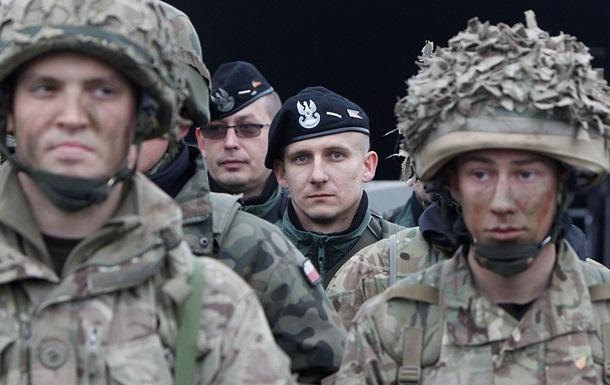 Польща направить в Україну військових інструкторів