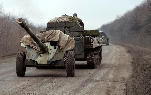 Угоди виконуються, триває відведення озброєнь - штаб АТО