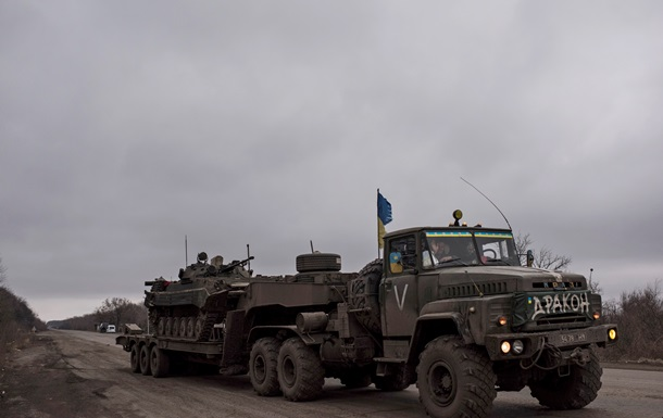 У Широкиному сепаратисти обстріляли позиції сил АТО – Шкіряк