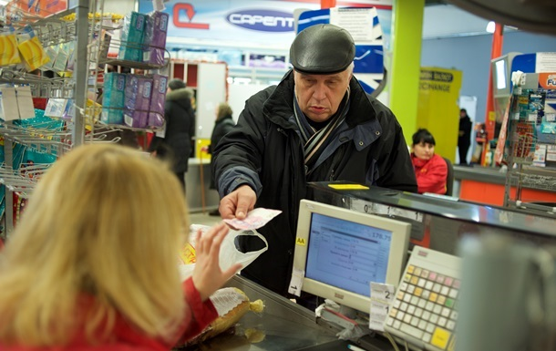 Треть читателей Корреспондент.net не закупают товары впрок - опрос