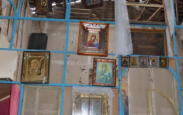Под Луганском из Градов обстреляли церковь - Москаль