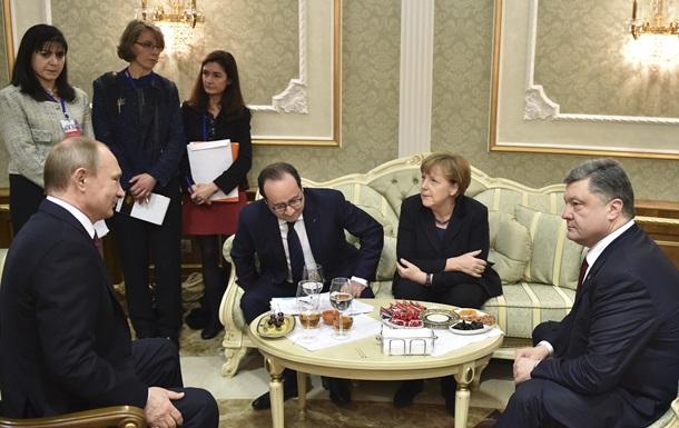 Меркель кличе  нормандську четвірку  на переговори до Берліна