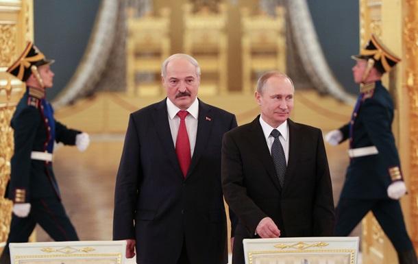 Путін нагородив Лукашенко орденом Олександра Невського