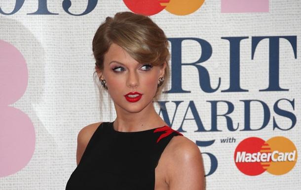 Тейлор Свифт выполнила последнее желание своей 4-летней поклонницы