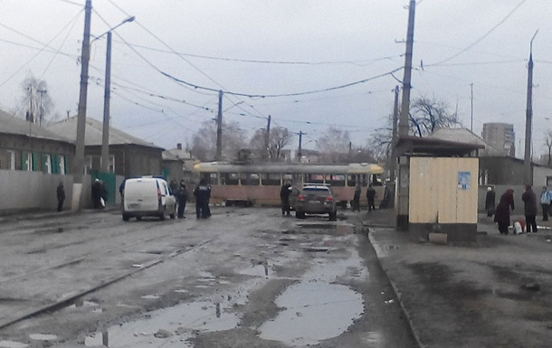 В Харькове трамвай сошел с рельс, есть пострадавшие