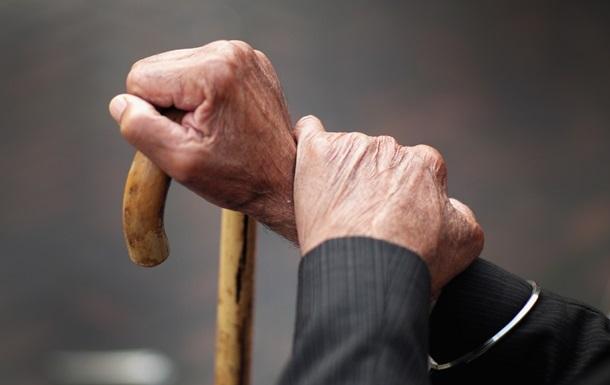 В Одессе двое мужчин покусали пенсионера