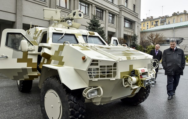 На следующей неделе Украина получит 30 бронированных  Хаммеров