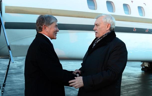 Замість Путіна президента Киргизстану у Петербурзі зустрів губернатор