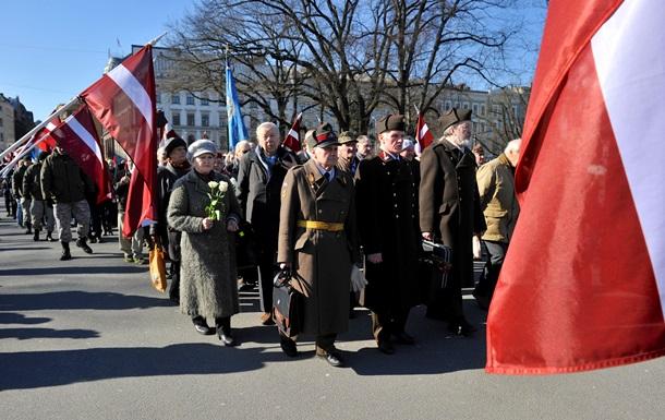 В Риге прошли шествие памяти легионеров  Ваффен-СС  и акция антифашистов