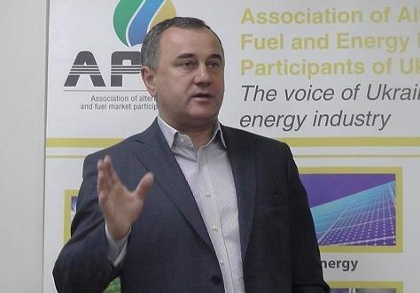 Вінницький нардеп Домбровський домагається не зменшувати «зелений тариф»