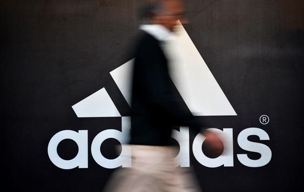 Adidas продовжить роботу в Криму, незважаючи на загрозу санкцій