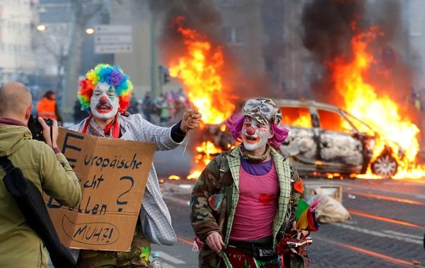 Протести у Франкфурті-на-Майні: сотні активістів палять машини