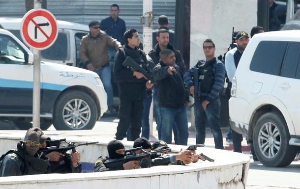 Нападение боевиков в Тунисе: 15 туристов погибли