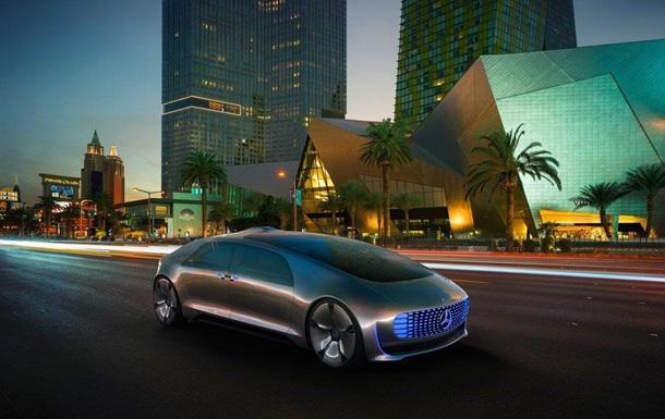 Mercedes показала возможности своего  космического беспилотника
