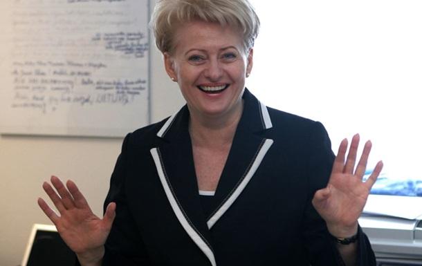 Президент Литвы получит в Киеве премию Человек года