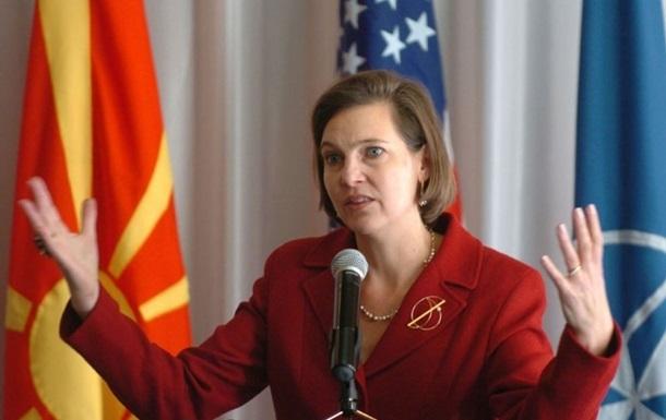 Нуланд розповіла умови отримання Україною летальної зброї