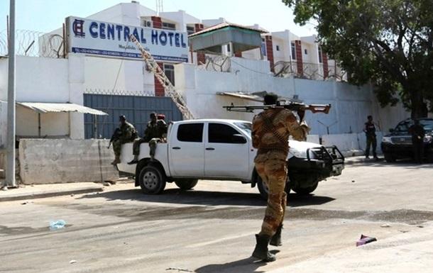 У столиці Сомалі напали на готель: щонайменше семеро загиблих