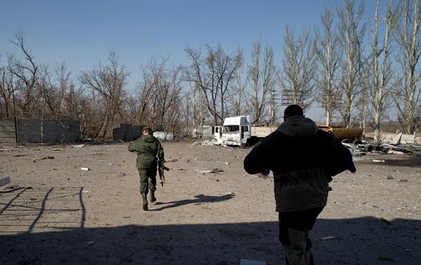 У Донецьку періодично чути стрілянину