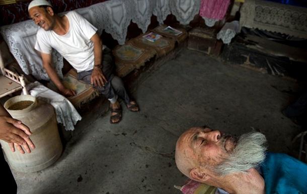 Суд в Китаї покарав уйгура за довгу бороду