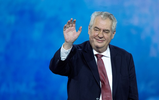 Президент Чехии посетит парад Победы в Москве
