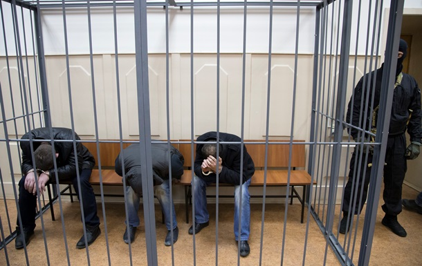 Убийство Немцова: суд отменил арест трех фигурантов, Дадаев отрицает вину