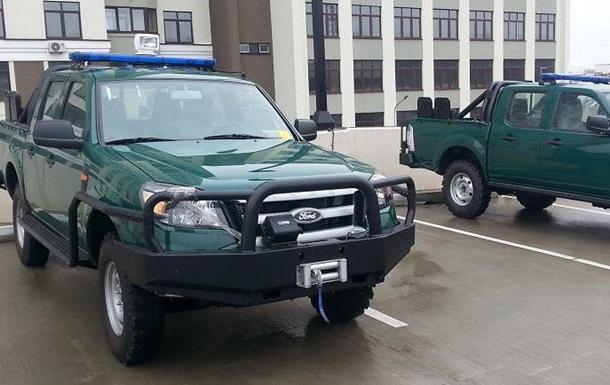США передали украинским пограничникам 17 бронированных автомобилей