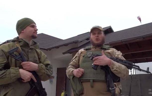 Эштон Катчер  и  Азов  в Широкино вывесили американский флаг