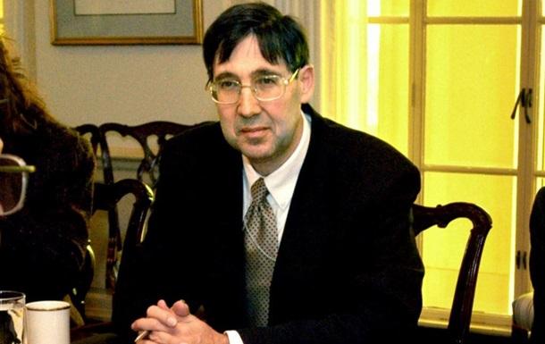 Екс-посол США в Україні назвав арешти українських чиновників показухою