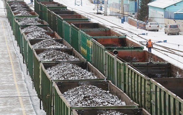 За три месяца Украина импортировала угля на сумму 405 миллионов долларов