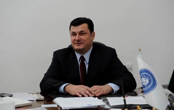 В 2014 году глава Минздрава заработал в Украине всего пять тысяч гривен