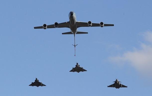 Британия подняла в небо 70 самолетов для военных учений
